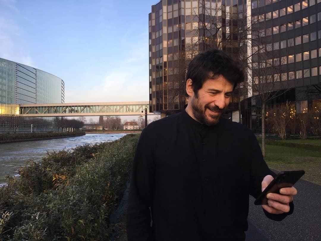 Αλέξης Γεωργούλης: Είναι σε καραντίνα στη Λάρισα! Τι απάντησε στη Βάνα Μπάρμπα; ΒΙΝΤΕΟ   tlife.gr