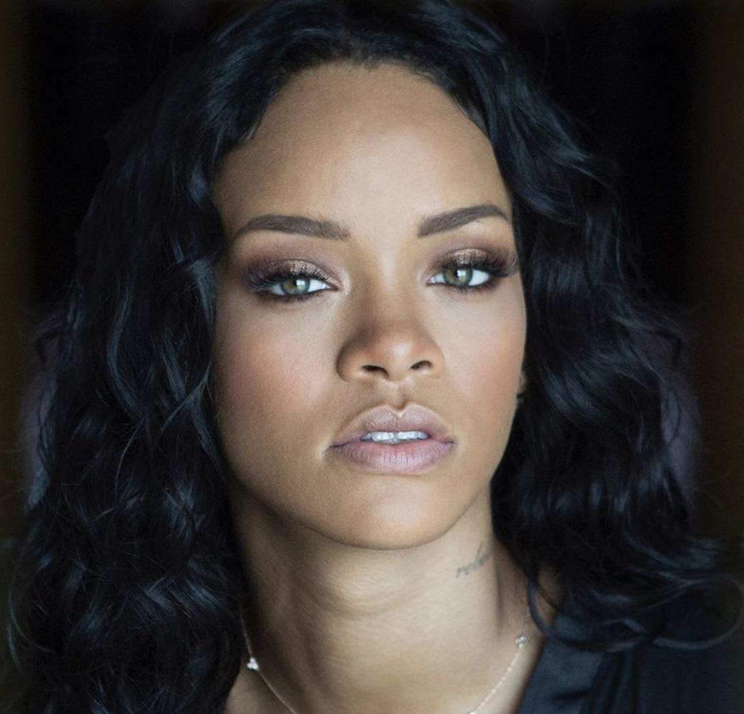 Rihanna: Θετικός στον κορονοϊό ο πατέρας της