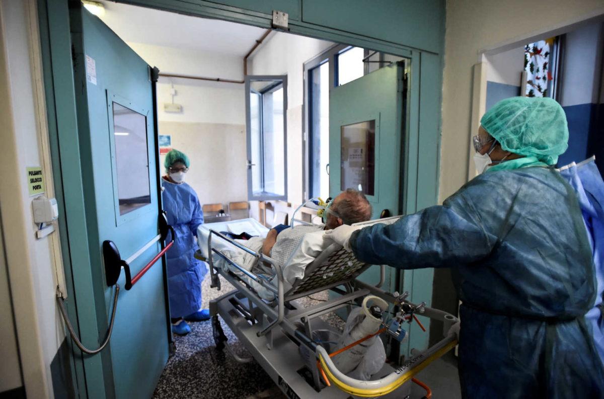 Ιταλία: 604 οι νεκροί από τον κορονοϊό και 3.039 κρούσματα – Ξεπέρασαν τις 17.000 τα θύματα | tlife.gr