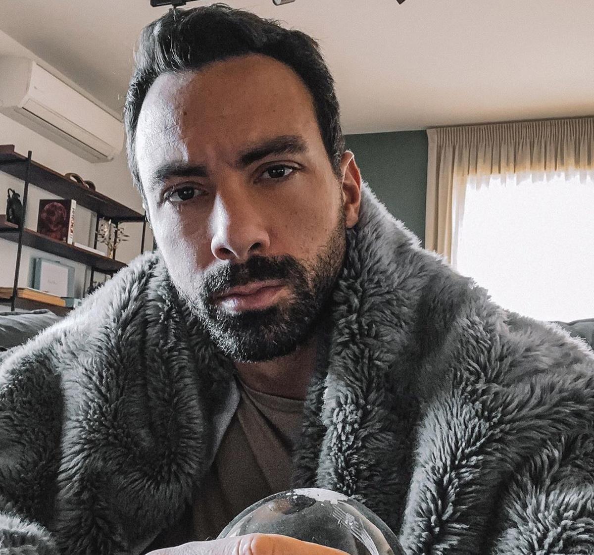 Σάκης Τανιμανίδης: Τα προβλήματα που αντιμετωπίζει… στην καραντίνα! [pics]