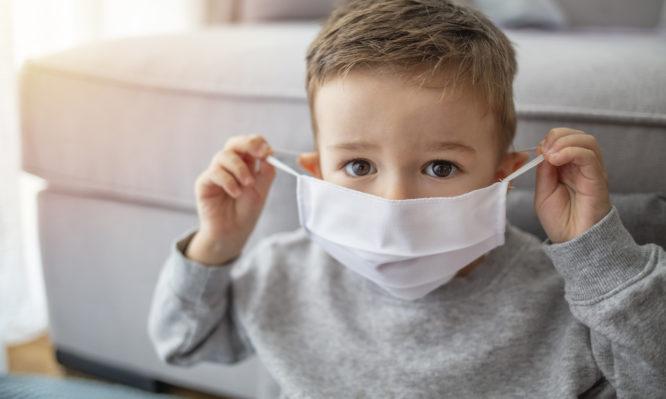 Κορονοϊός: Θεράπευσαν με εγχύσεις αντισωμάτων το φλεγμονώδες σύνδρομο στα παιδιά