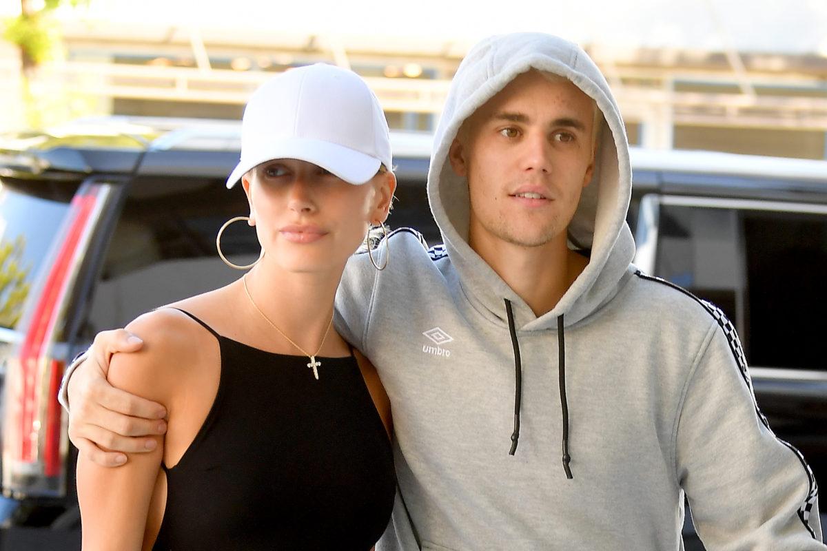Video! Ο Justin Bieber κάνει μακιγιάζ στην Hailey και είναι… πραγματικά πολύ καλός! | tlife.gr