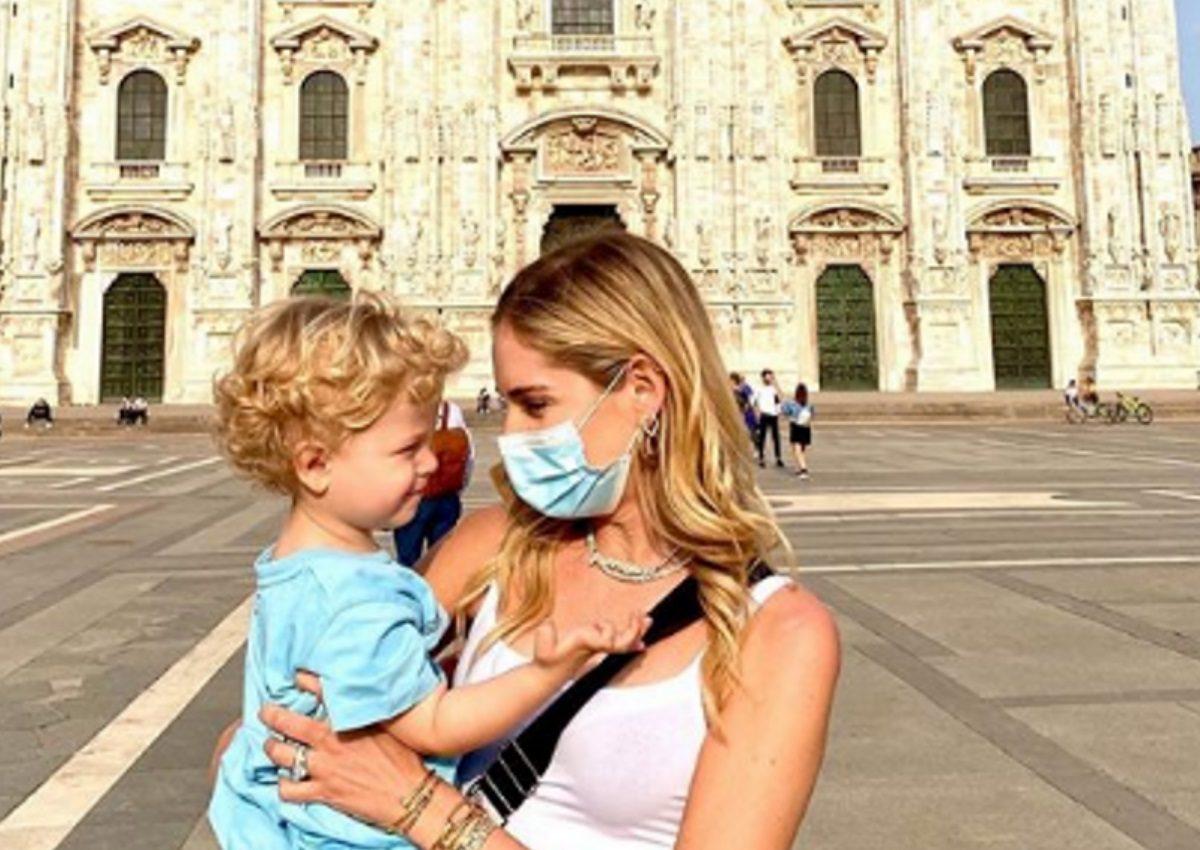Chiara Ferragni: Η πρώτη βόλτα με τον γιο της στο Duomo μετά την καραντίνα στην Ιταλία! [pics] | tlife.gr
