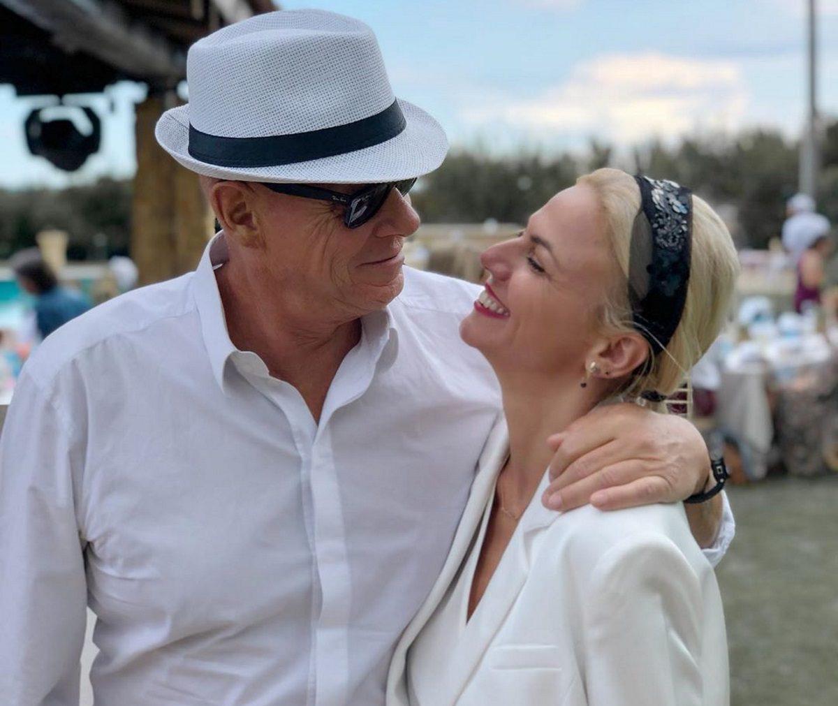 Χριστίνα Κοντοβά – Τζώνη Καλημέρης: Tour από νομό σε νομό για το ερωτευμένο ζευγάρι [pics]