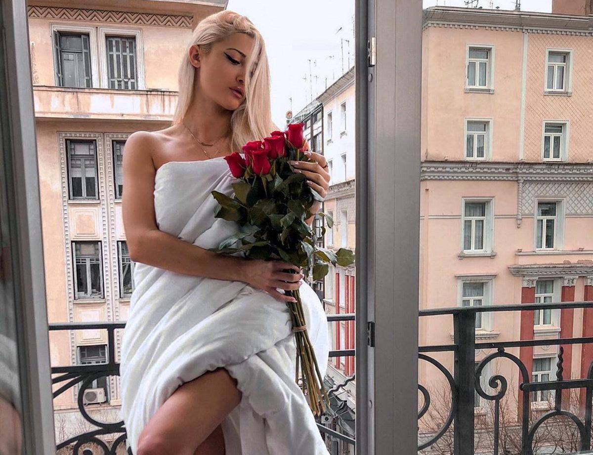 Ιωάννα Τούνη: Αυτός είναι ο λόγος που δεν μπορεί να εξαφανίσει το ροζ βίντεο από το διαδίκτυο! | tlife.gr
