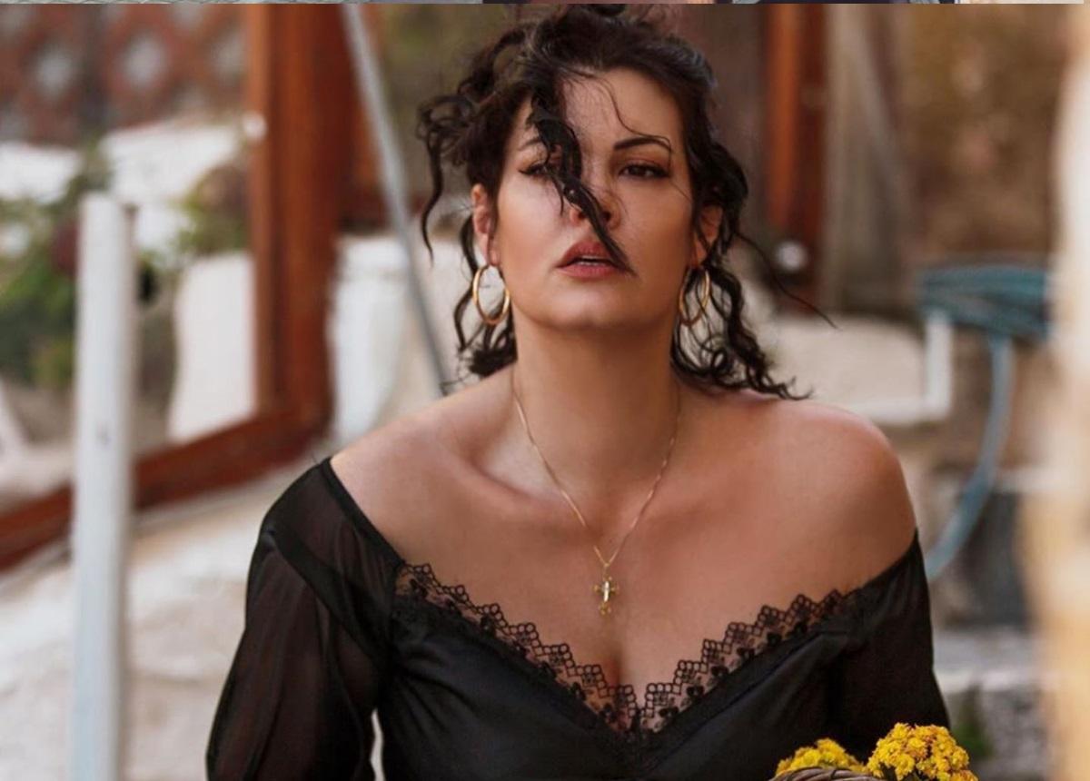 Μαρία Κορινθίου: «Νιώθω μεγάλη ευλογία που στη ζωή μου επέλεξα…»