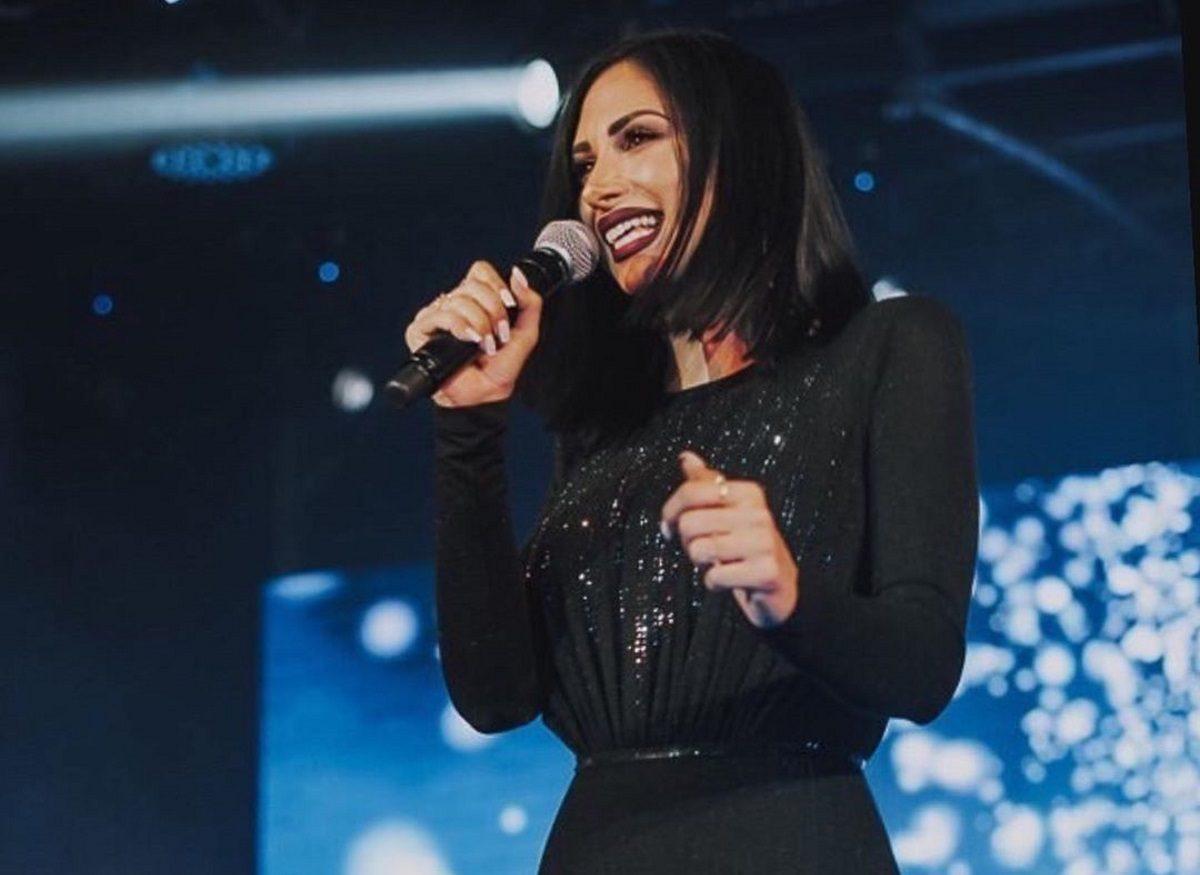 Λένα Ζευγαρά: Μόλις κυκλοφόρησε το medley – hit του φετινού καλοκαιριού! [video] | tlife.gr