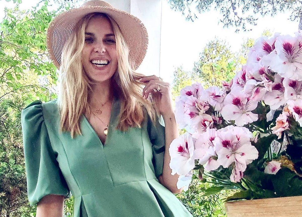 Μαντώ Γαστεράτου: Ποιας γνωστής τραγουδίστριας την κόρη θέλει για νύφη της; [video]   tlife.gr