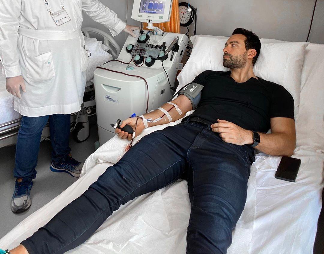 Σάκης Τανιμανίδης – Χριστίνα Μπόμπα: Έδωσαν πλάσμα για να βοηθήσουν άλλους ασθενείς με κορονοϊό! Φωτογραφίες | tlife.gr
