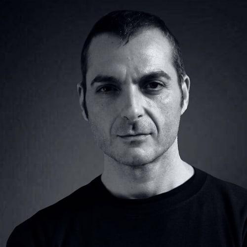 Πέθανε ξαφνικά ο ηθοποιός Διονύσης Μπουλάς | tlife.gr