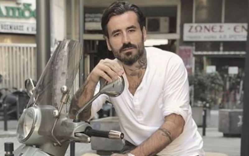 Ο Γιώργος Μαυρίδης στο Live News: Ανοιχτά τα στούντιο τατουάζ, λίγοι οι πελάτες – Video
