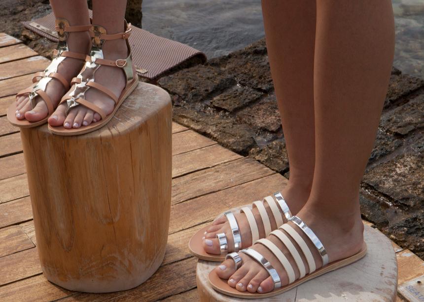 Τα Ancient Greek Sandals υποδέχονται τη νέα σεζόν με τέλεια σχέδια!