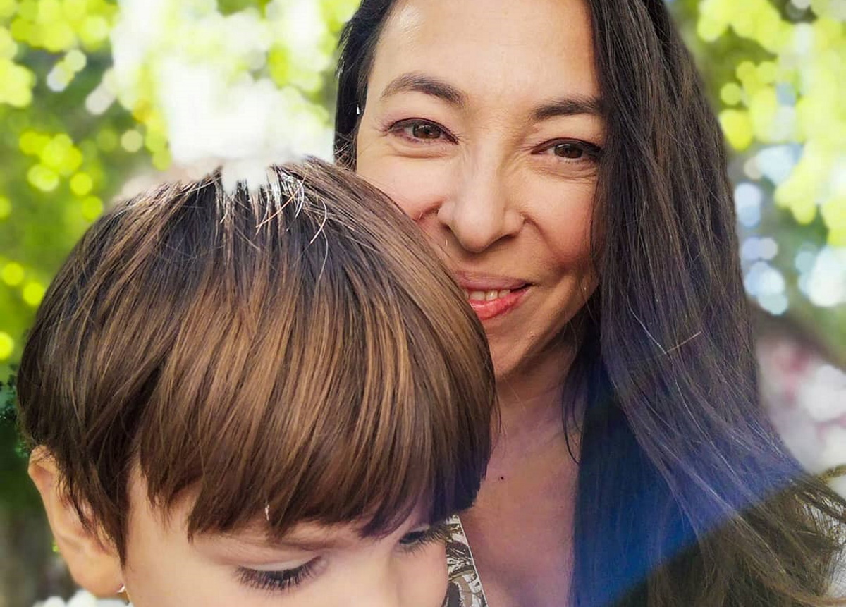 Αλίκη Κατσαβού: Πήγε τον γιο της, Φοίβο, στο κομμωτήριο! [pic]