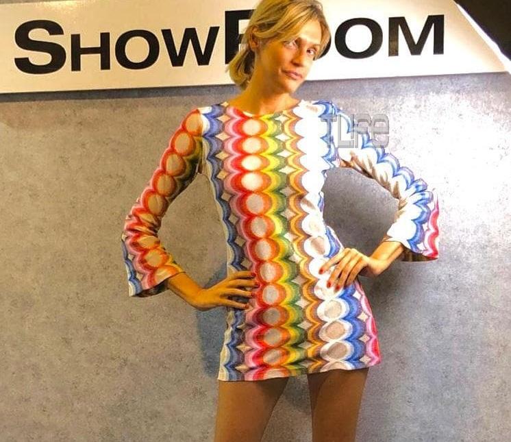 Σάσα Σταμάτη: Ποζάρει στο φακό της Ναστάζια Δαρίβα με δημιουργίες της συλλογής ρούχων της! [pics]