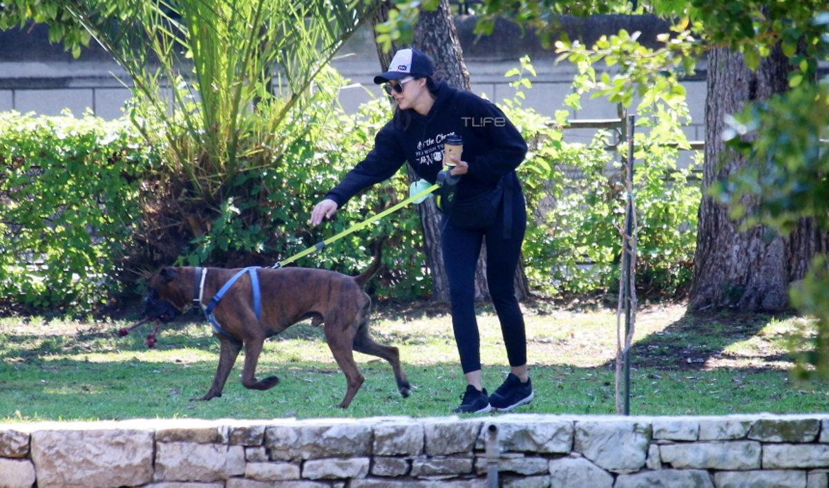 Ευαγγελία Συριοπούλου: Πρωινή βόλτα με το σκύλο της στο Ζάππειο – Φωτογραφίες | tlife.gr