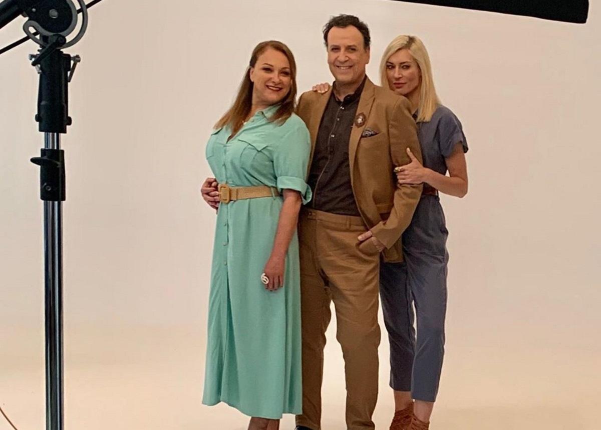 """Ζέτα Δούκα: Έτσι καλωσόρισε την Ρένια Λουϊζίδου στα γυρίσματα του """"Καφέ της Χαράς"""" για τη νέα σεζόν [pics]"""