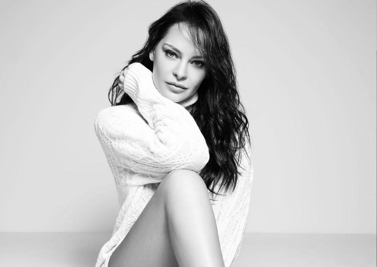 Υβόννη Μπόσνιακ: Θυμάται τους πιο ξεχωριστούς σταθμούς της καριέρας της! [pics] | tlife.gr