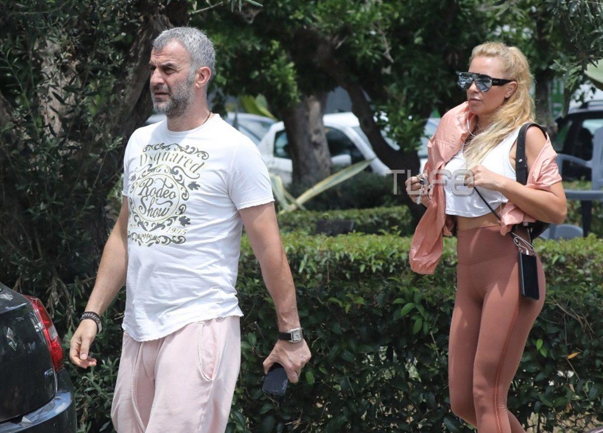 Γωγώ Μαστροκώστα: Βόλτα με τον Τραϊανό Δέλλα στη Γλυφάδα! [pics] | tlife.gr