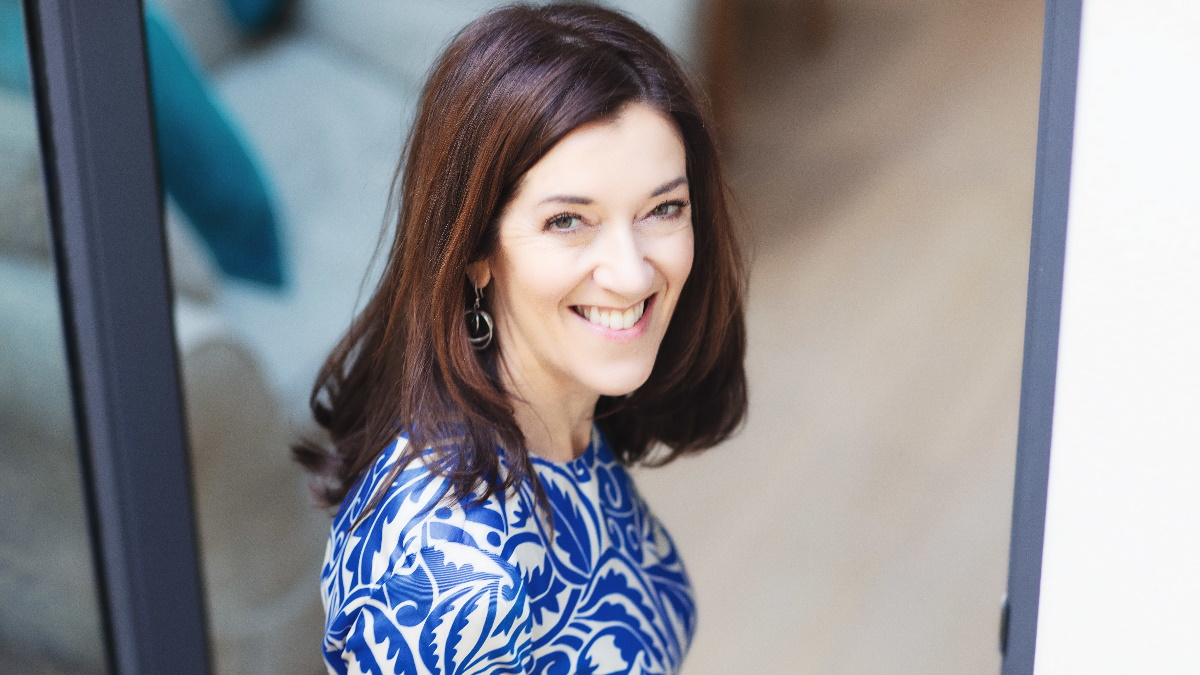 Victoria Hislop: Η συγγραφέας του «Νησιού» απέκτησε ελληνική υπηκοότητα και στέλνει το δικό της μήνυμα!