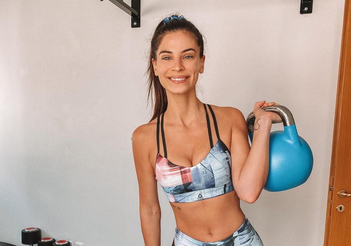 Χριστίνα Μπόμπα: Η απαιτητική γυμναστική και η συνάντηση με φίλους στο σπίτι[pics,vid] | tlife.gr