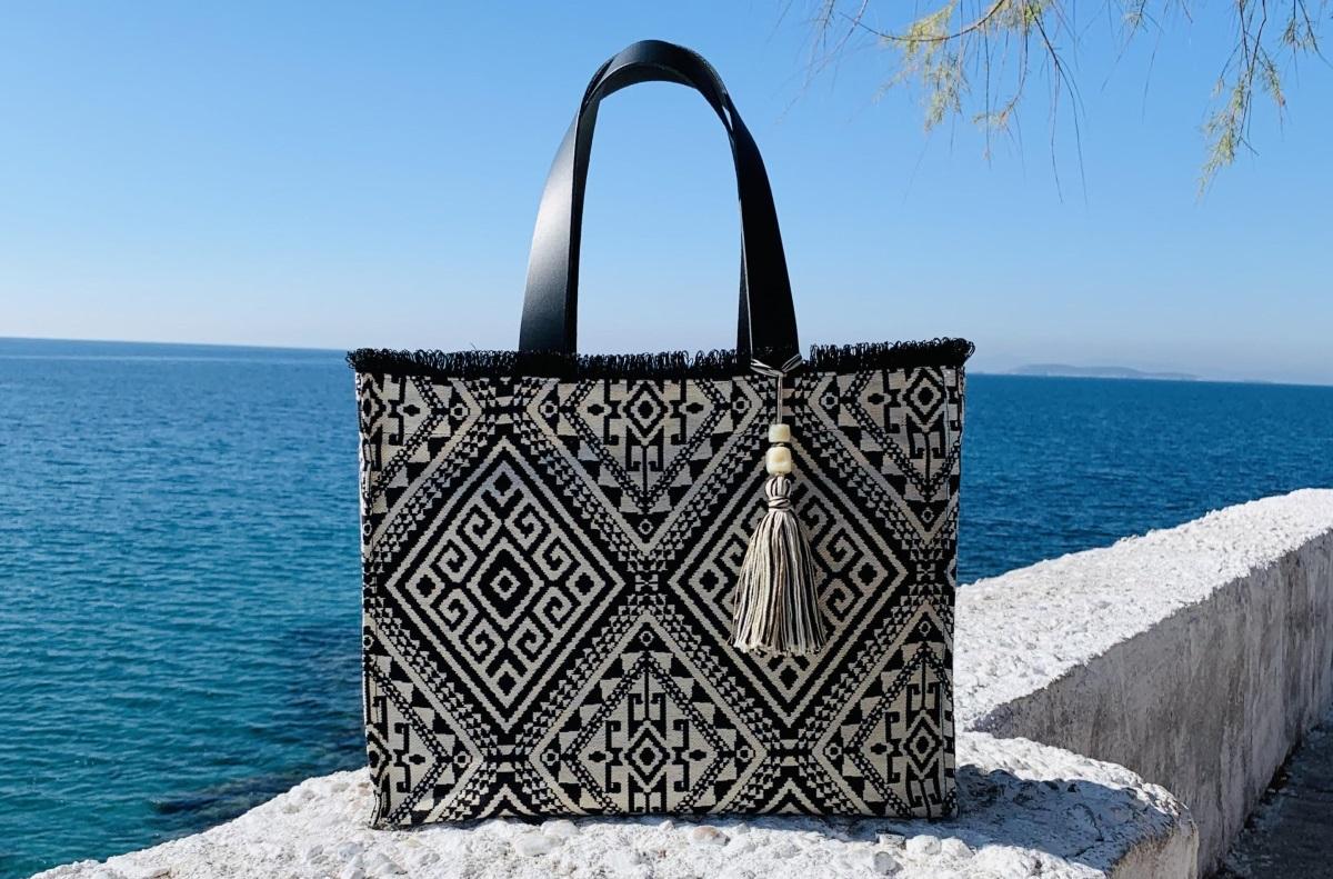 ΚLOSTI: Καλοκαιρινά δώρα με άρωμα Ελλάδας!