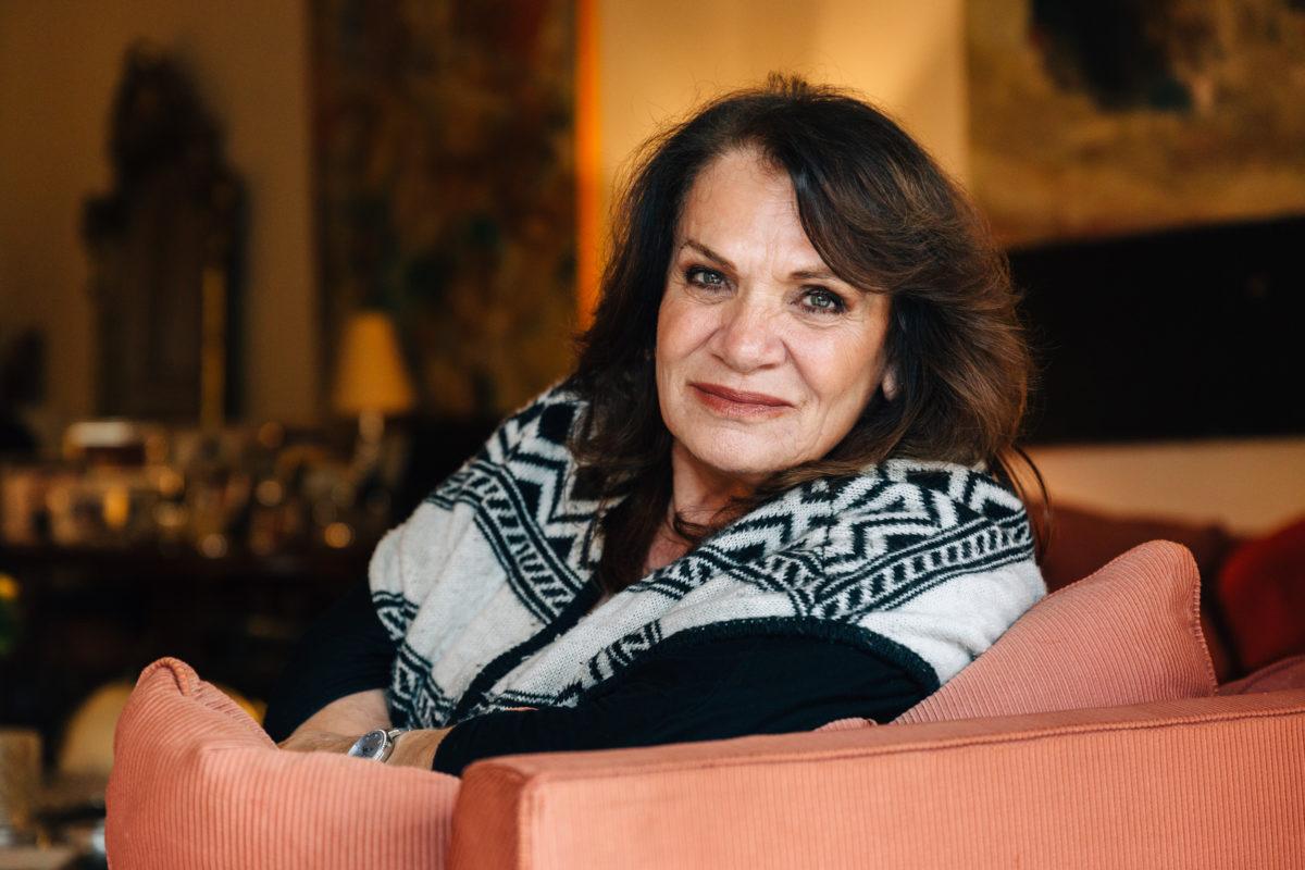 Βαρύ πένθος για την τραγουδίστρια Ελπίδα – Πέθανε ο σύζυγός της | tlife.gr