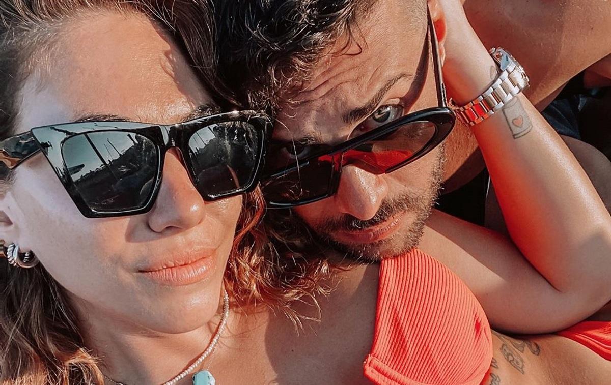 Ευρυδίκη Βαλαβάνη – Κωνσταντίνος Βασάλος: Ζουν τον έρωτά τους στην Πάρο! Φωτογραφίες