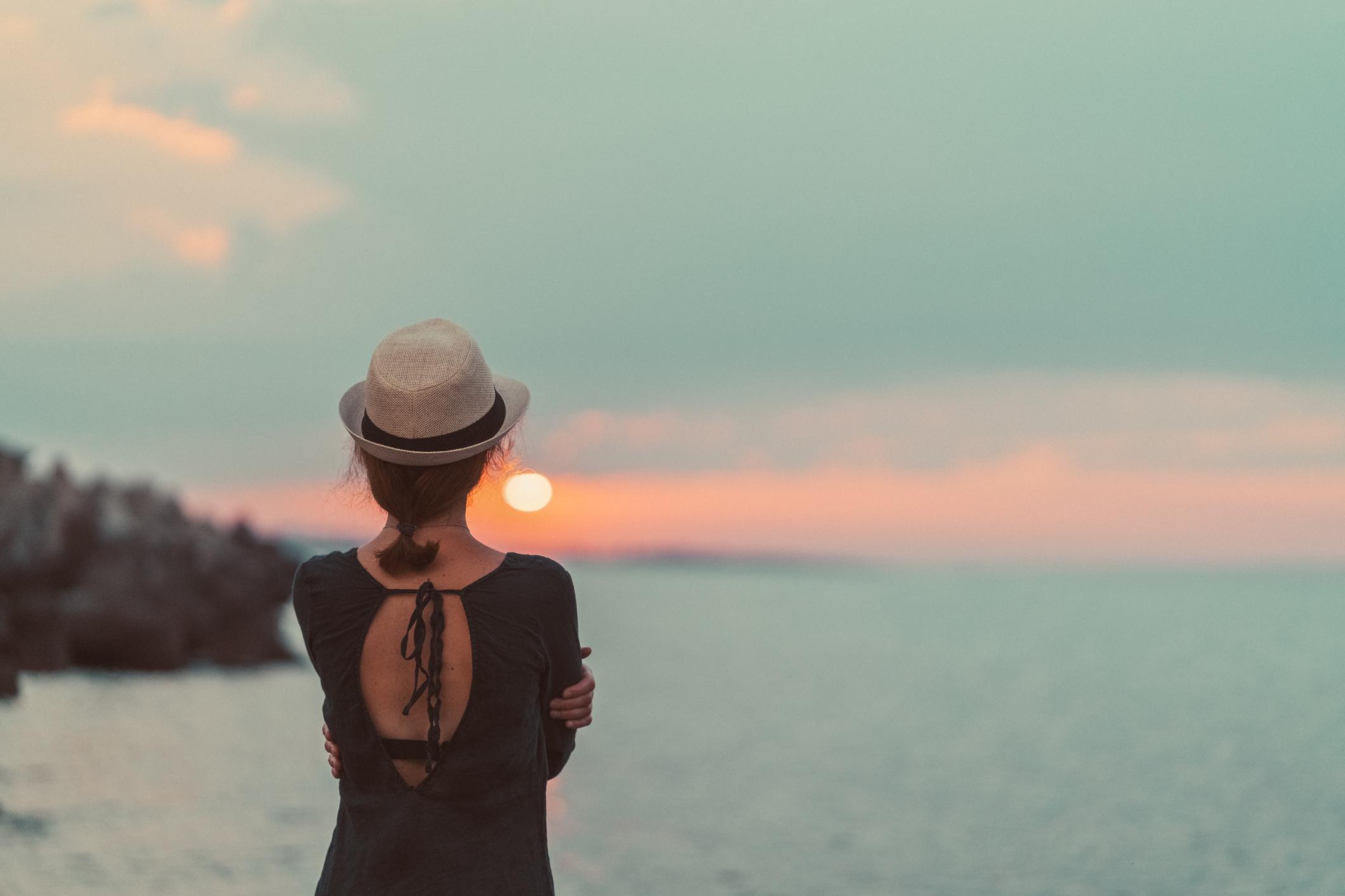 Χώρισες και δεν νιώθεις καλά. Διάβασε τι ΔΕΝ πρέπει να κάνεις…