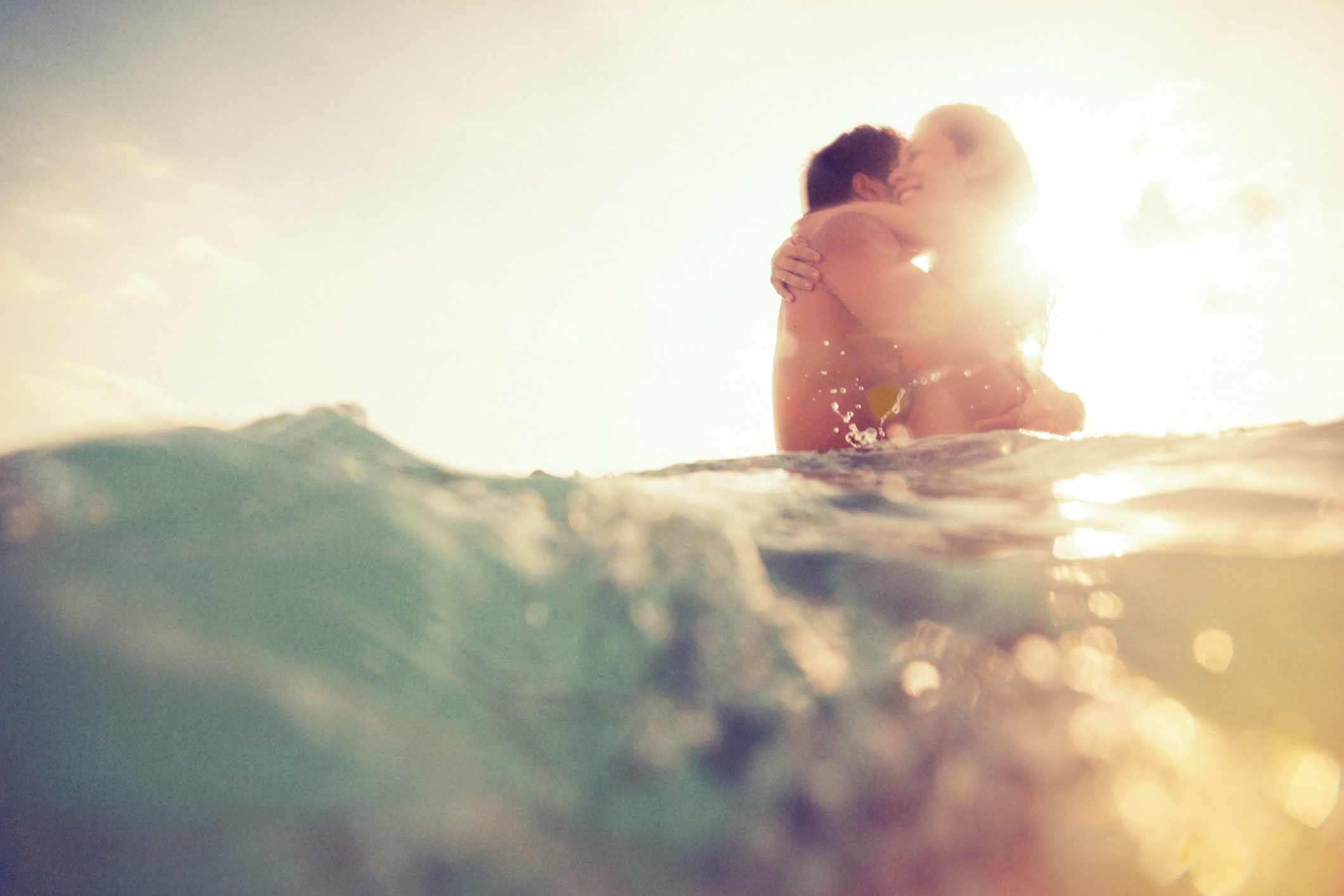 Πώς μπορεί το καλοκαίρι να βοηθήσει τη σχέση σου;