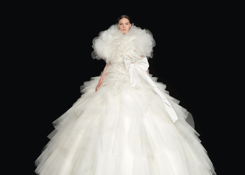 O οίκος Valentino παρουσίασε την Couture συλλογή του σε ένα video installation που πρέπει να δεις