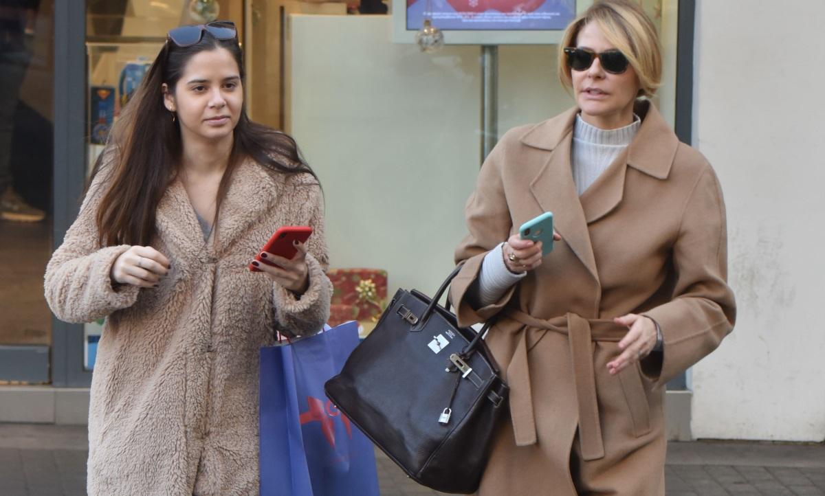 Τζένη Μπαλατσινού: Στιγμές ηρεμίας στην Πάτμο με την κόρη της, Αλεξάνδρα! Φωτογραφίες