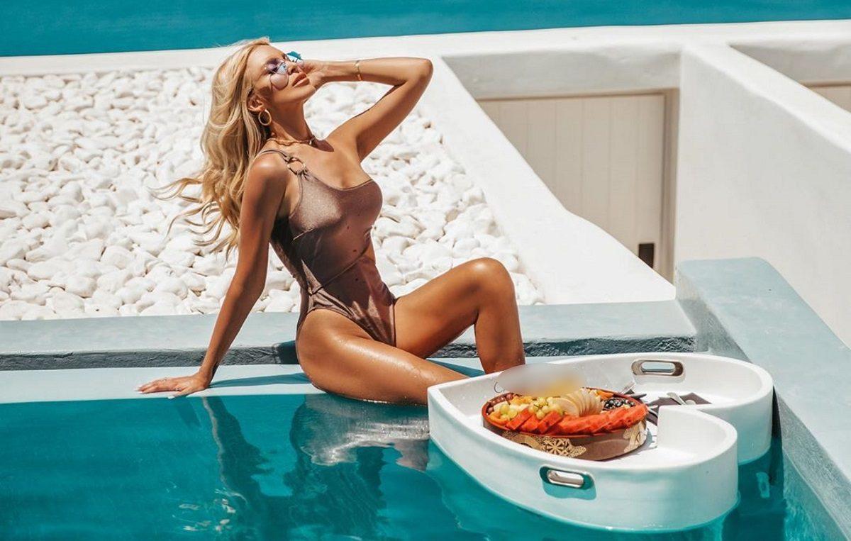 Κατερίνα Καινούργιου: Ξέγνοιαστες στιγμές στην Σαντορίνη με τις φίλες της! [pics,vid] | tlife.gr