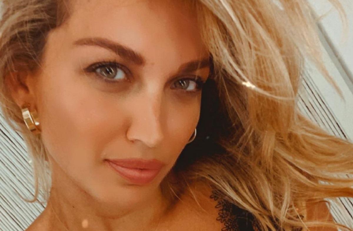 Κωνσταντίνα Σπυροπούλου: Οι ξέφρενες νύχτες της στην Μύκονο! [pics,vid]