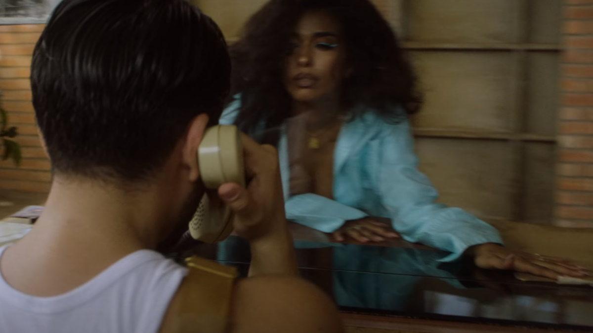 Χρήστος Μάστορας: Η σύντροφός του, Χριστίνα Παπαδέλη, πρωταγωνιστεί στο νέο video clip του! | tlife.gr