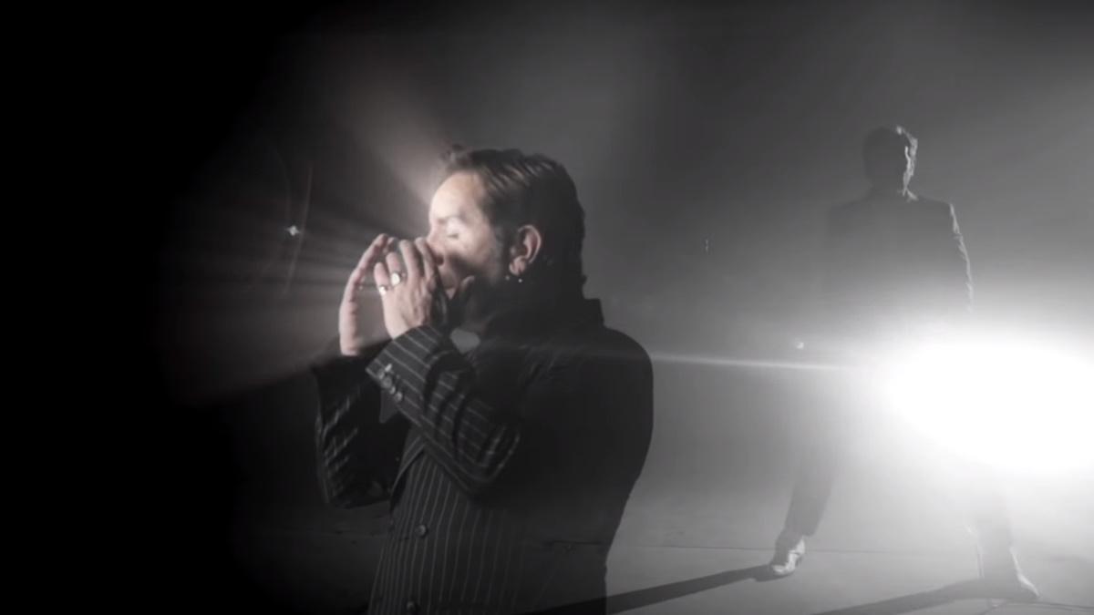 Γιώργος Μαζωνάκης: Το νέο video clip του είναι αφιερωμένο στη δύναμη του ήχου του μπουζουκιού!