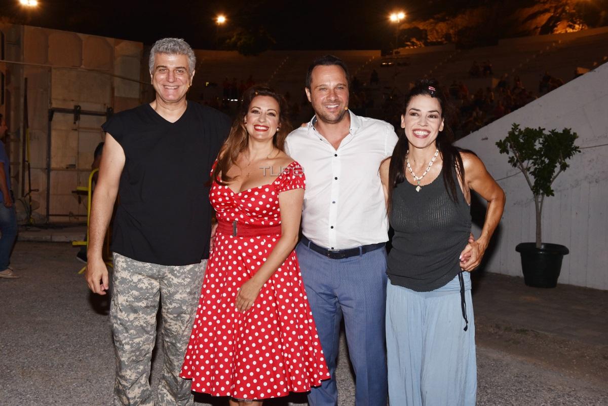 Βλαδίμηρος Κυριακίδης: Πρεμιέρα με τη σύζυγό του, Έφη Μουρίκη, στο πλευρό του – Φωτογραφίες