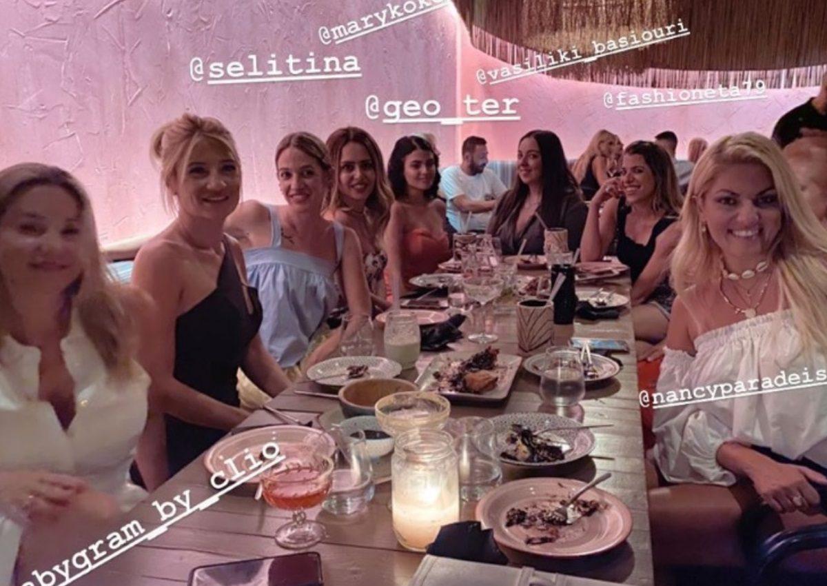 Φαίη Σκορδά: Εντυπωσιακή σε βραδινή έξοδο μετά το φινάλε της εκπομπής της!   tlife.gr