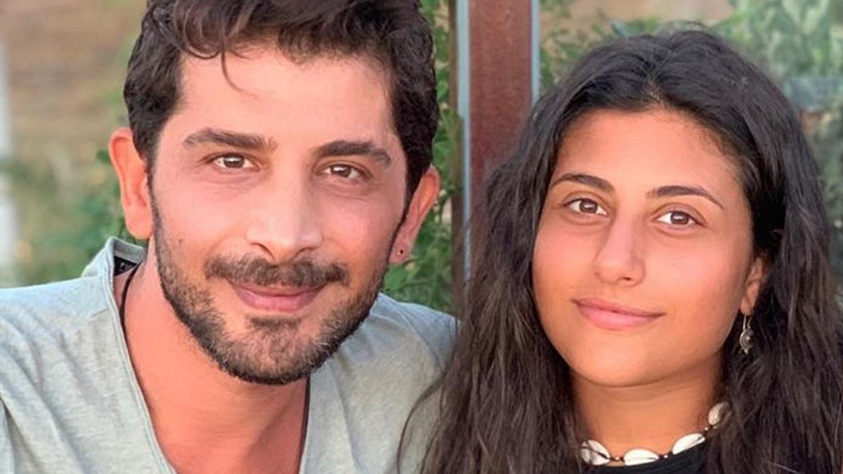Χρήστος Σπανός: Καμάρωσε την κόρη του, Μαρίνα, να τραγουδά στη συναυλία του Κωστή Μαραβέγια [pics]