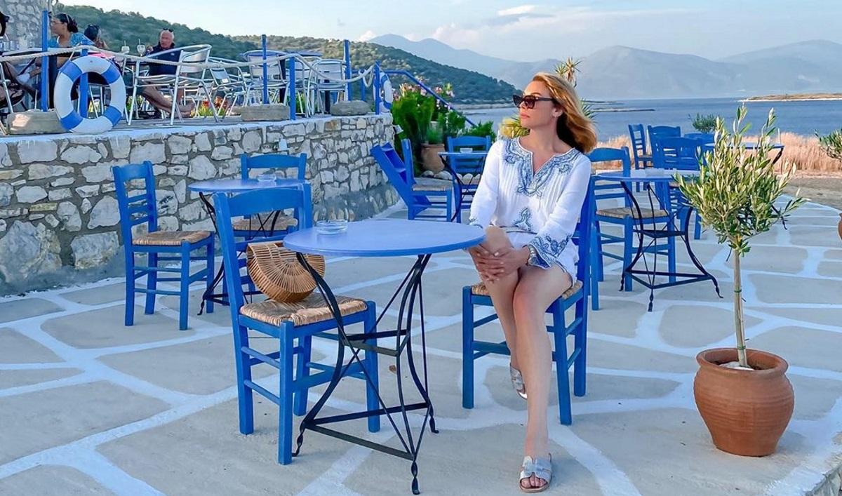 Τατιάνα Στεφανίδου: Απολαμβάνει τις διακοπές της στα Επτάνησα! [pics]