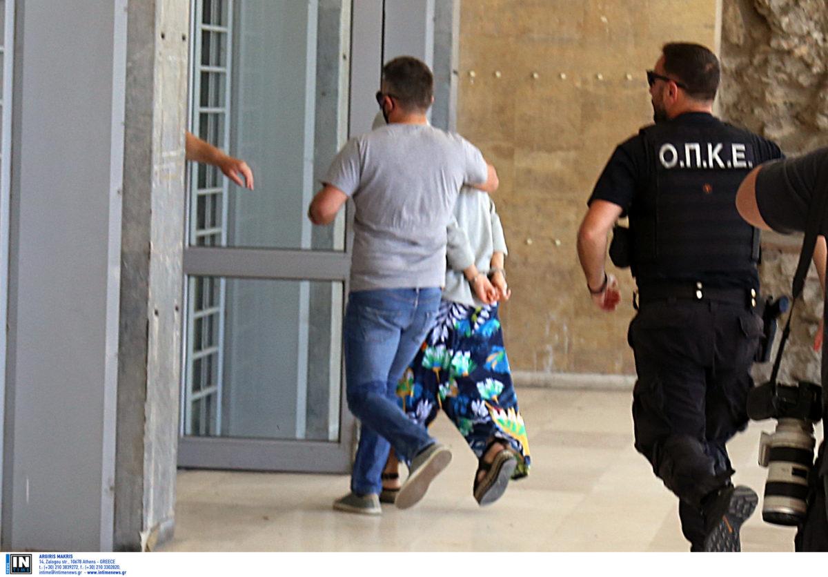 «Ήθελα να προσφέρω στην 10χρονη» – Οι δηλώσεις της κοκκινομάλλας μέσα από τη φυλακή   tlife.gr