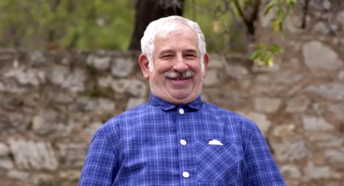 Πέτρος Φιλιππίδης: Στο νέο σήριαλ της ΕΡΤ,«Χαιρέτα μου τον Πλάτανο» Βίντεο