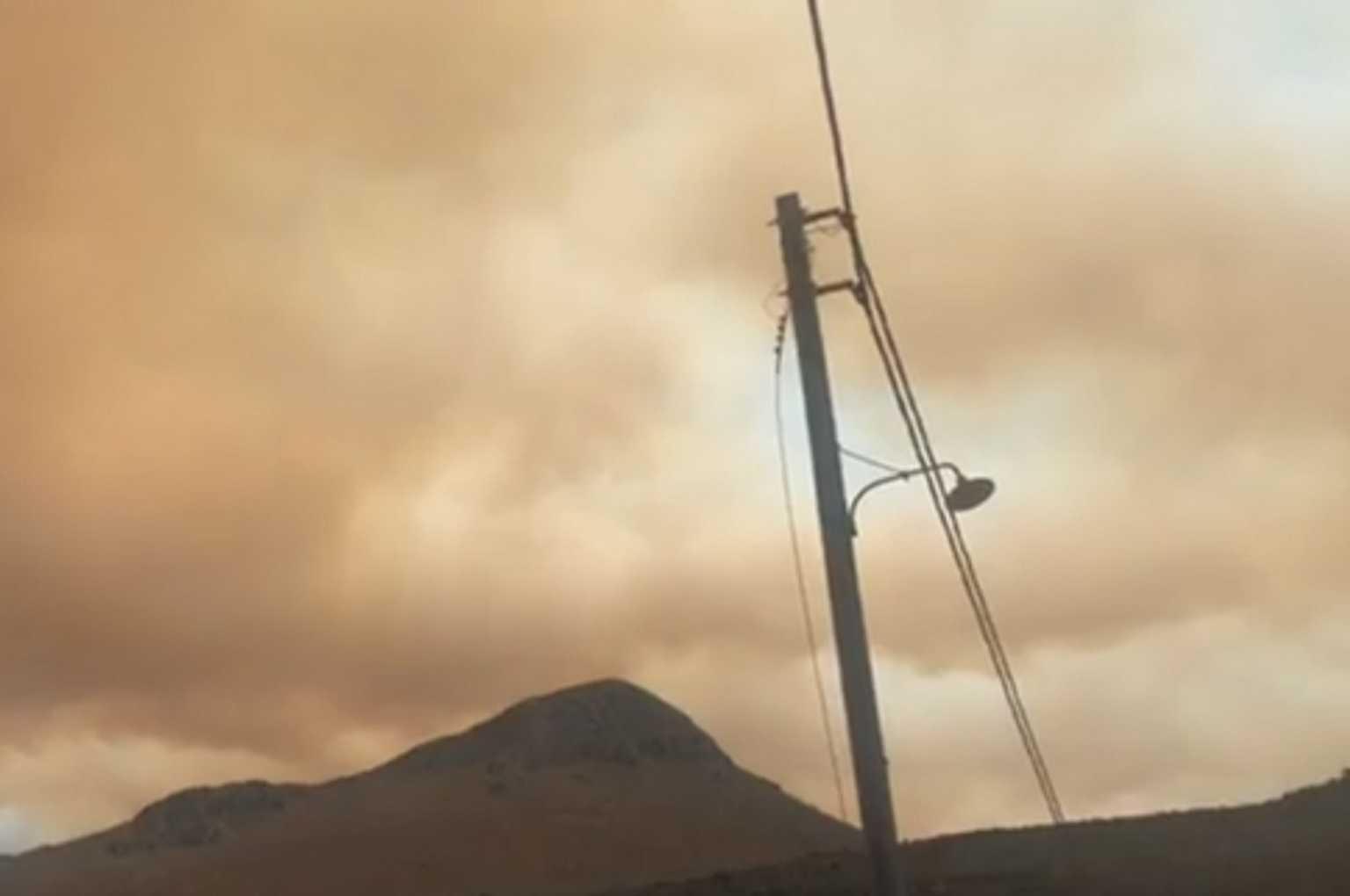 Λακωνία: Εκκενώνονται οικισμοί για τη μεγάλη δασική φωτιά!