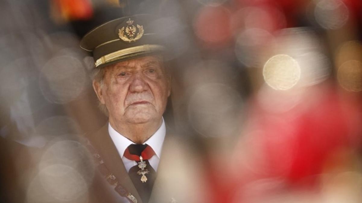 Σκάνδαλο στη βασιλική οικογένεια της Ισπανίας – Σερβιτόρος ισχυρίζεται ότι είναι γιος του Χουάν Κάρλος