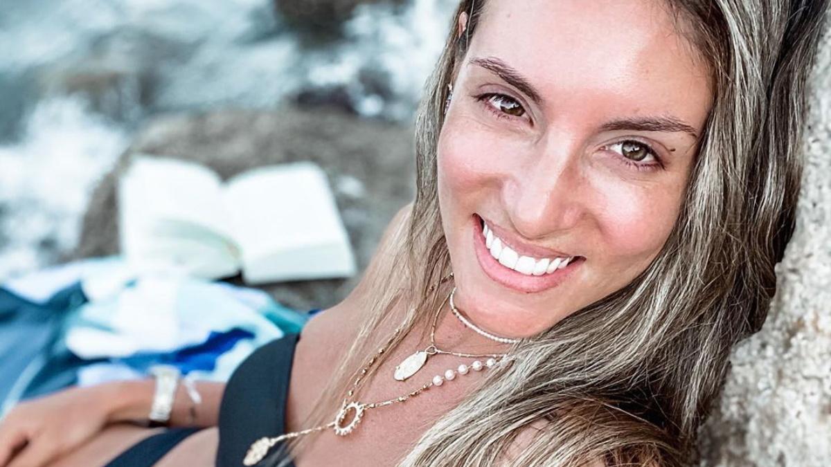 Αθηνά Οικονομάκου: Απόδραση στον τόπο καταγωγής της με την οικογένειά της! [pics]