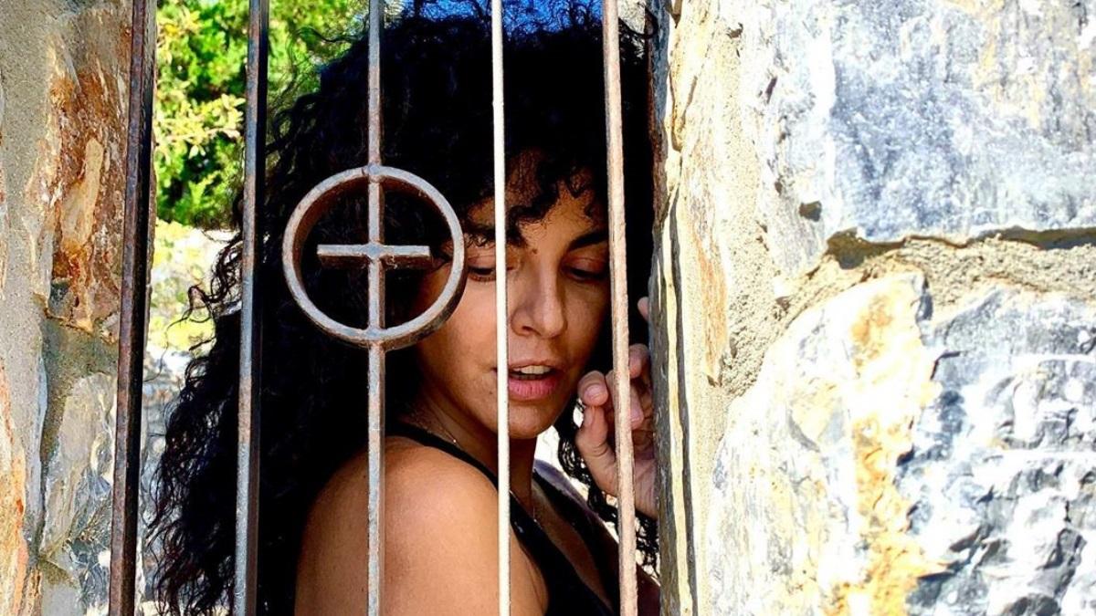 Μαρία Σολωμού: Απόδραση στη Σχοινούσα για τη γιορτή της! [pics]