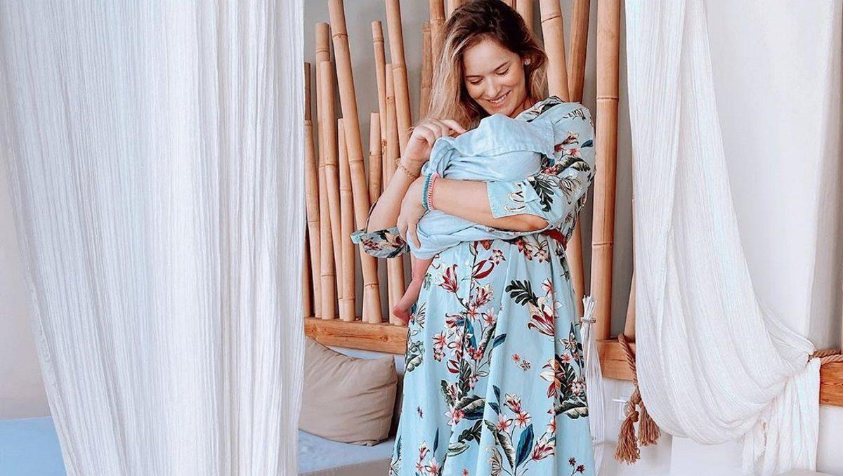 Η Annita Brand ποζάρει με μαγιό και μας δείχνει το σώμα της τέσσερις βδομάδες μετά τη γέννα! [pic] | tlife.gr