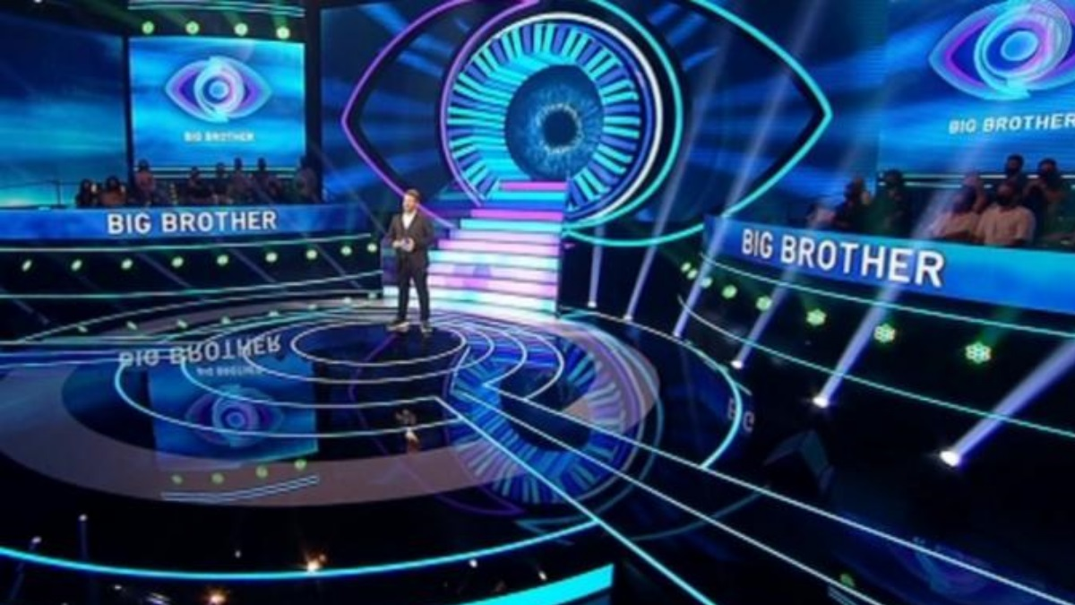 Το Big Brother έκανε πρεμιέρα στον ΣΚΑΪ – Ο Χάρης Βαρθακούρης καλωσόρισε τους τηλεθεατές και μπήκε στο σπίτι
