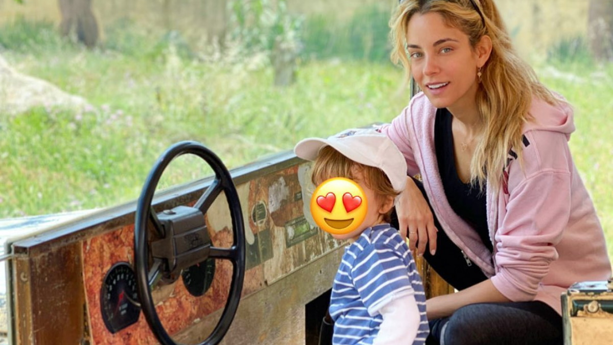 """Δούκισσα Νομικού: Μας εύχεται """"καλό μήνα"""" δείχνοντας τι έφτιαξε με τον γιο της, Σάββα!"""