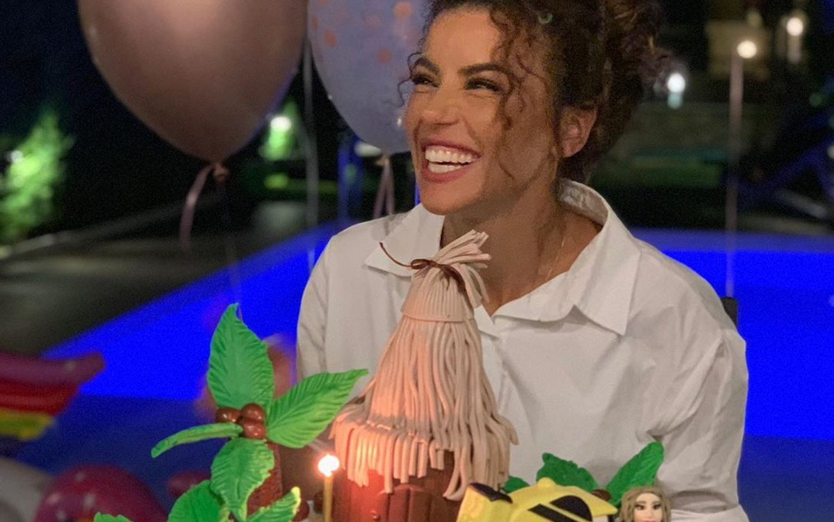 Γενέθλια για την Ειρήνη Παπαδοπούλου! Οι φωτογραφίες από το πάρτι της και η εντυπωσιακή τούρτα
