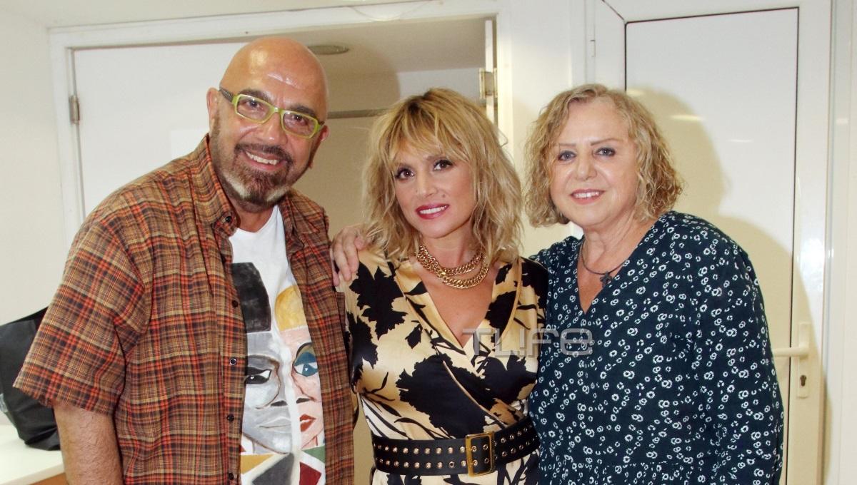 Ελεωνόρα Ζουγανέλη: Οι γονείς της την καμάρωσαν στη συναυλία της στου Παπάγου [pics]